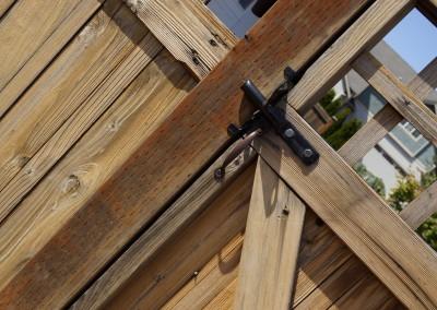 Custom Cedar Fence Lynnwood - With Latch