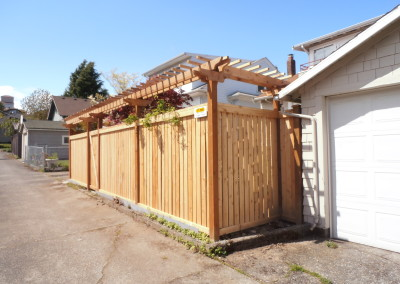 Full Panel Cedar Fence with Traditional Trellis