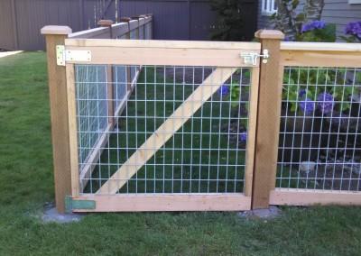 Galvanized Grid Dog Yard