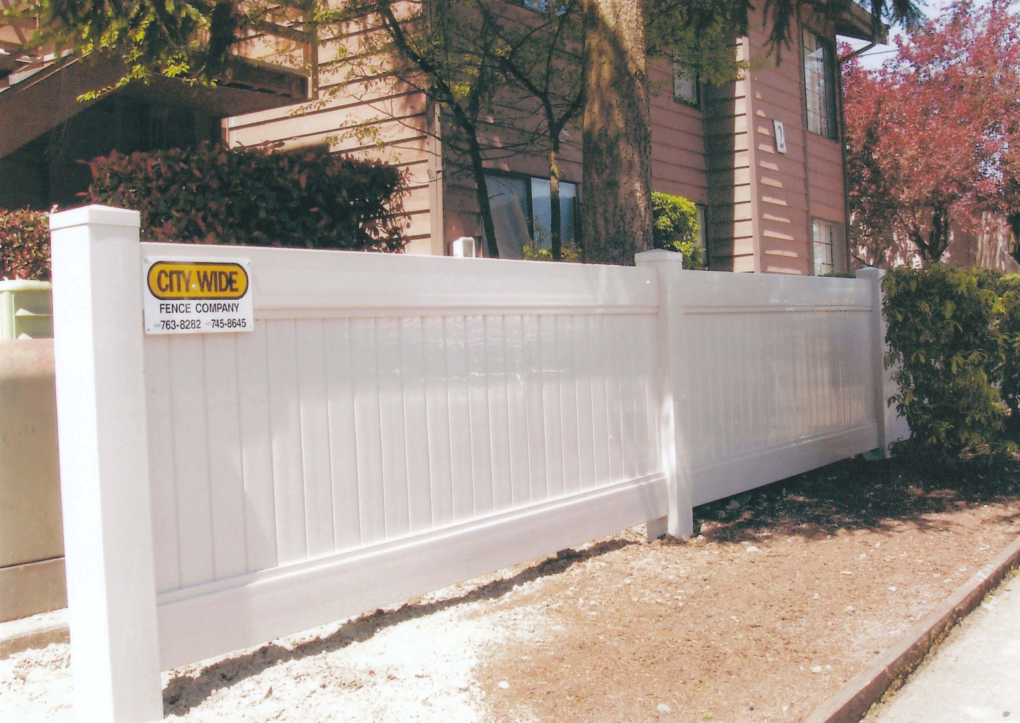 vinyl fences and gates seattle lynnwood everett kirkland
