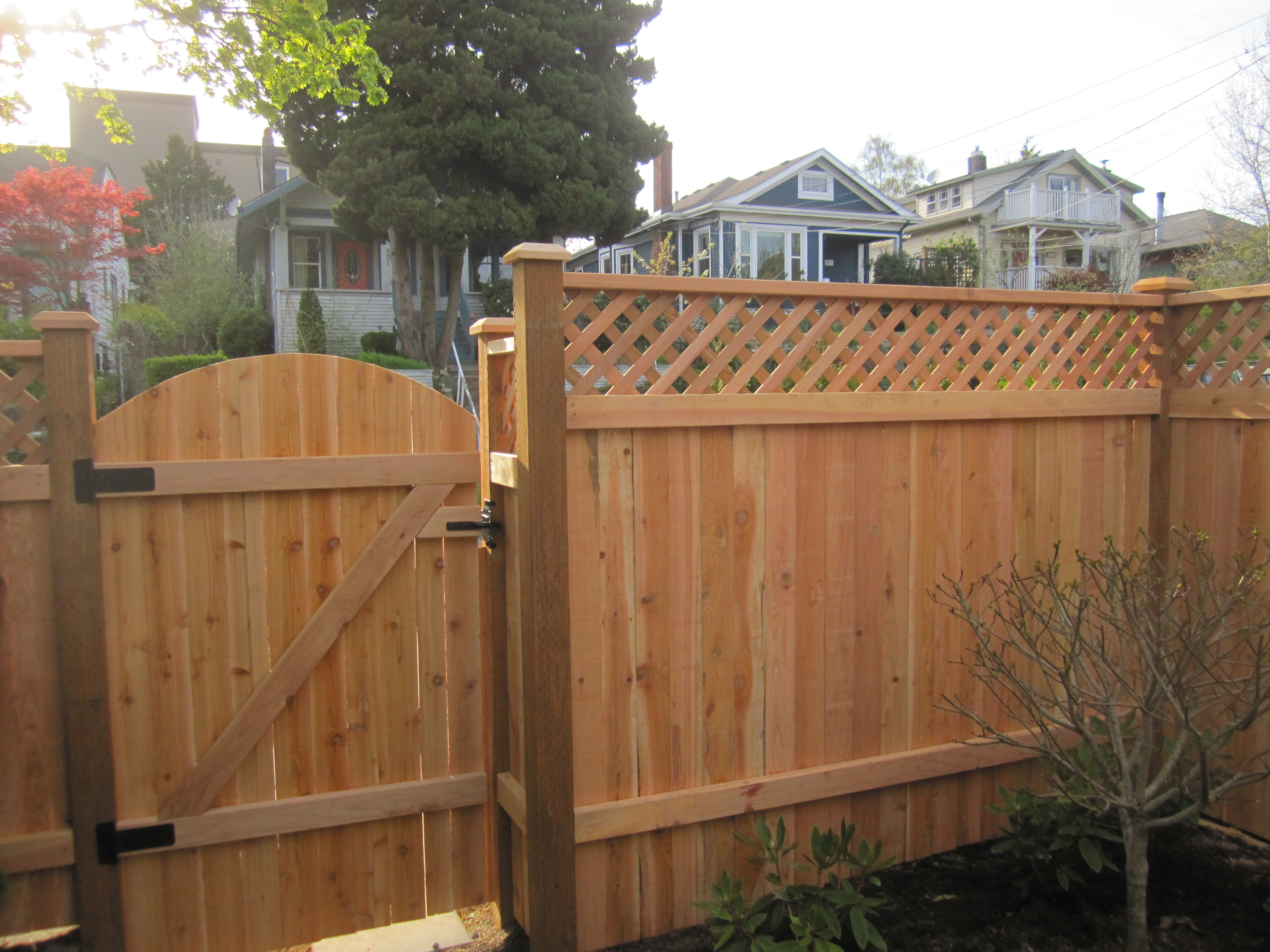 Cedar Wood Fence Repairs For Seattle Wa