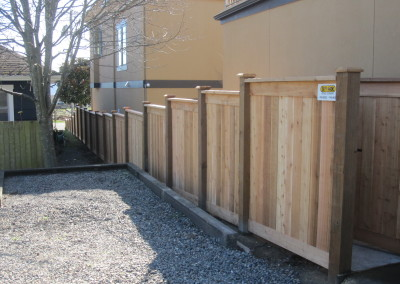 Full Panel Stepped Fence
