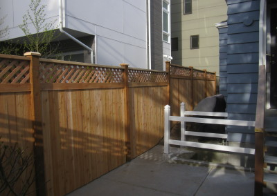 Cedar Fence with Lattice Top