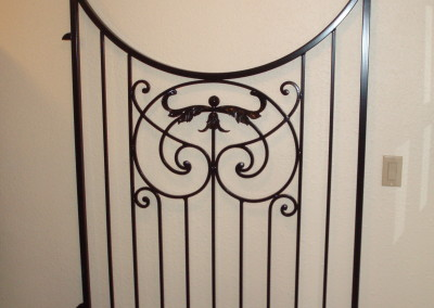 Scallop Scroll Gate
