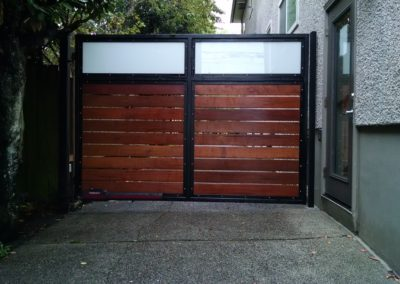 Chain Link Cedar Iron Or Vinyl Fence Lynnwood