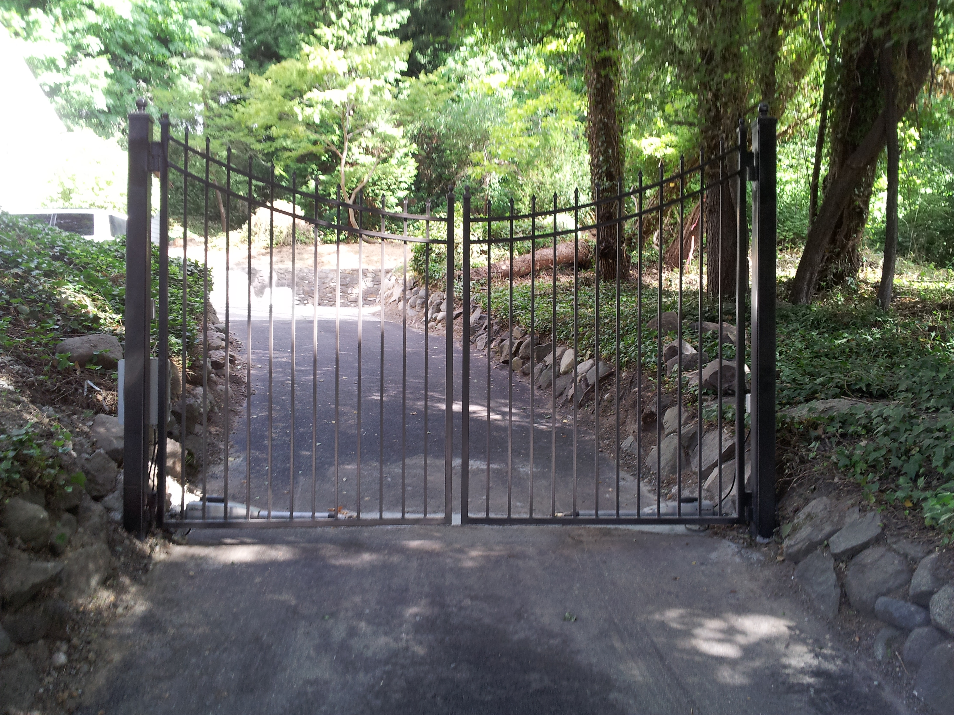 Chain Link Cedar Iron Or Vinyl Fence Lynnwood